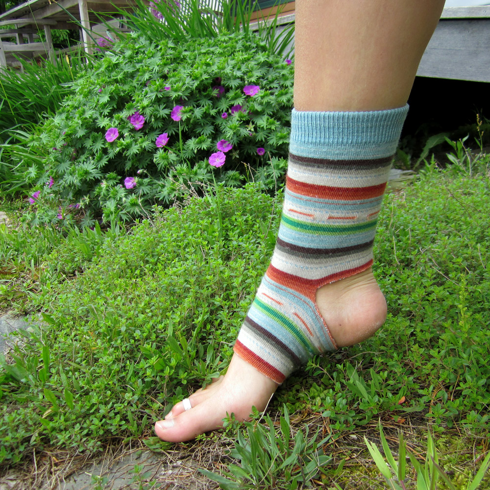 Wrist Warmers & Yoga Socks – Hew & Sew